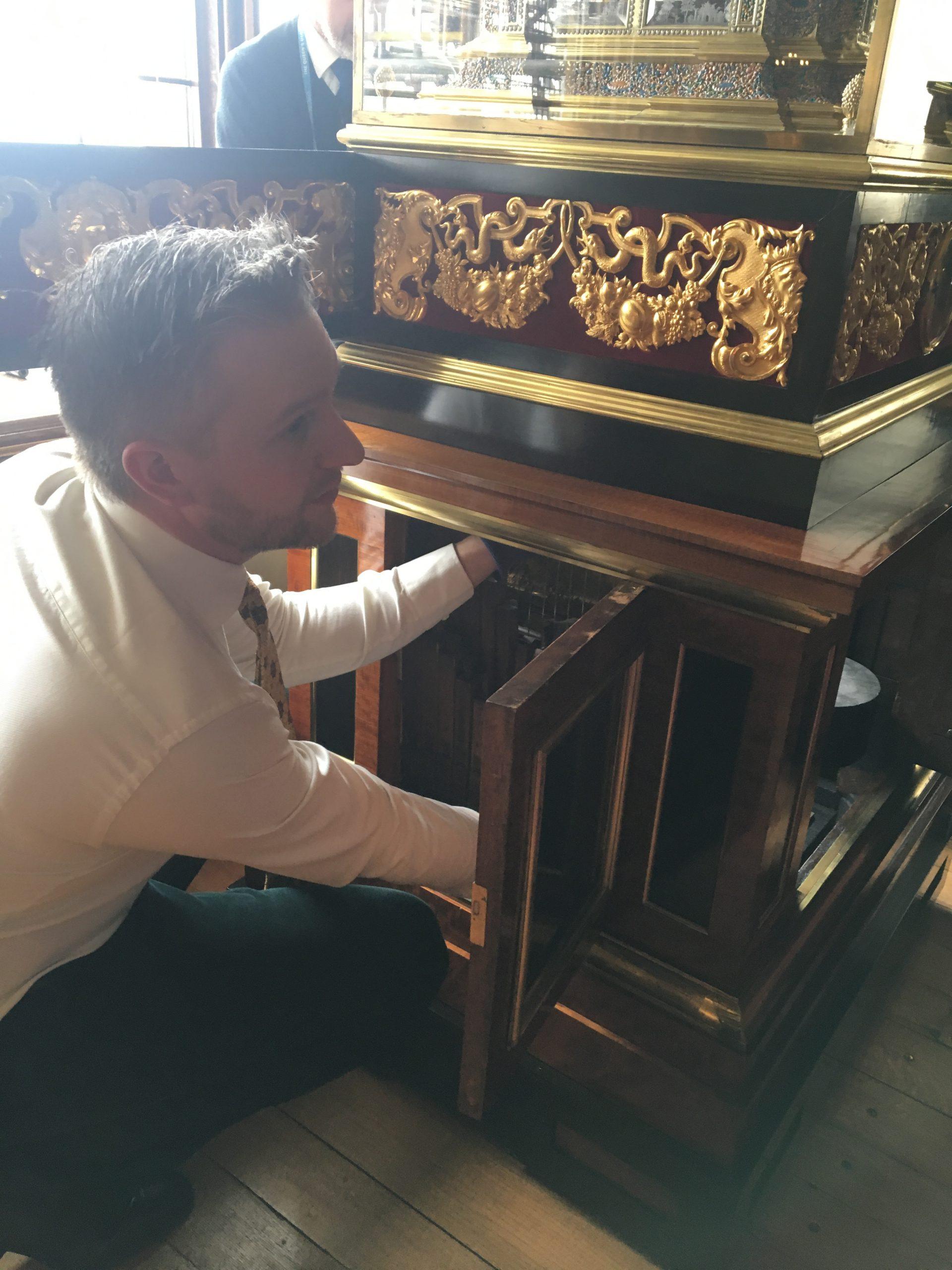 onderhoud en restauratie orgelklok royal collection engeland